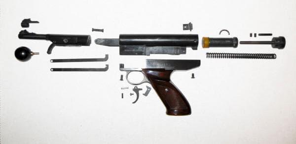 Структура пружинно-поршневого пистолета