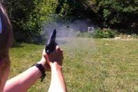 Видео как правильно стрелять из пистолета Макарова